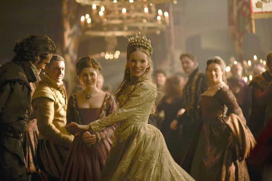 Dynastia Tudorów Online